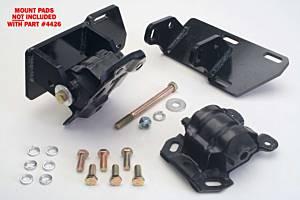 TRANS-DAPT #4426 SBC Into 4WD S-10 Conver Motor Mounts